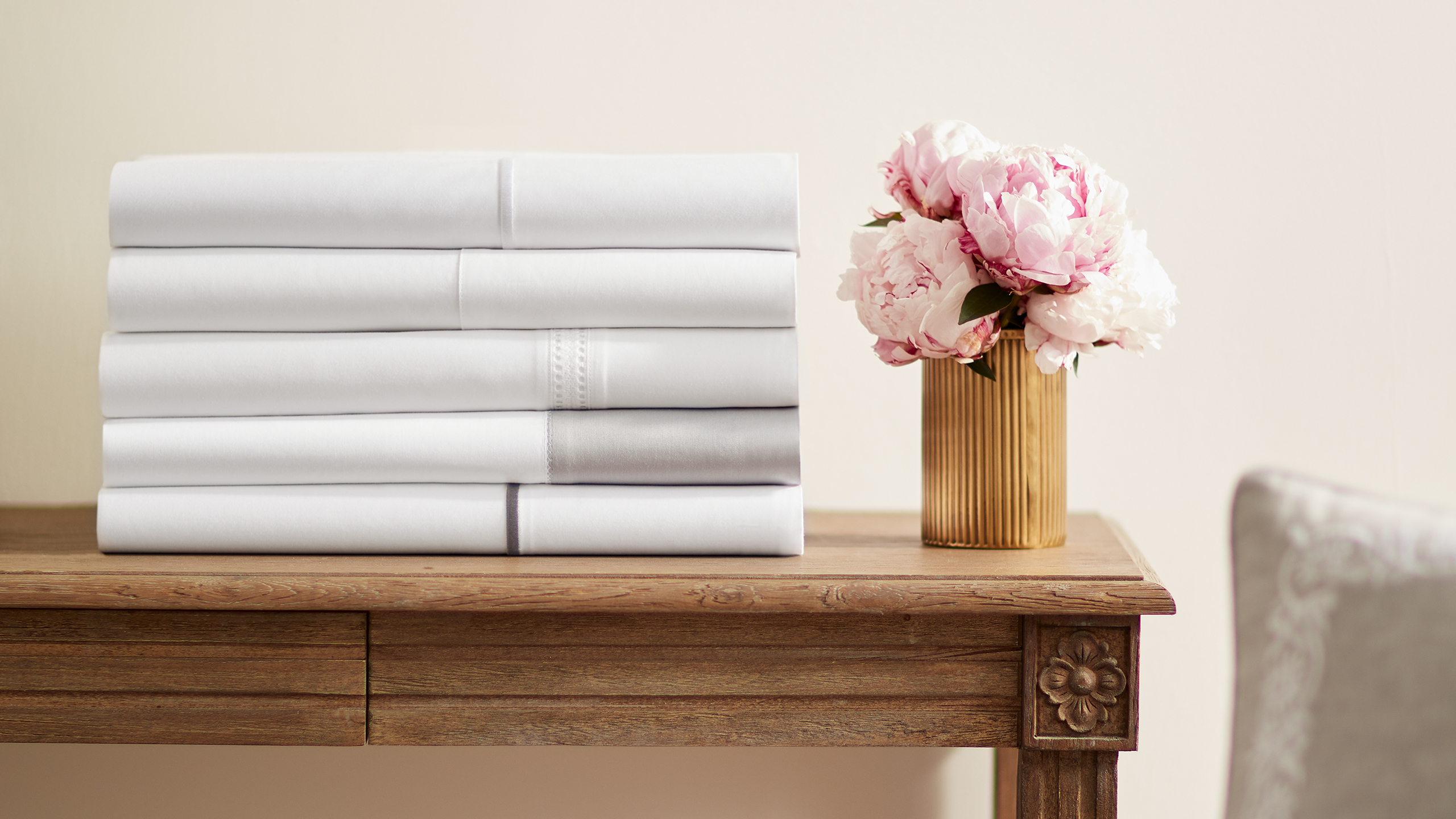 Shop Flat Vs Fitted Sheet Separates Read The Debate