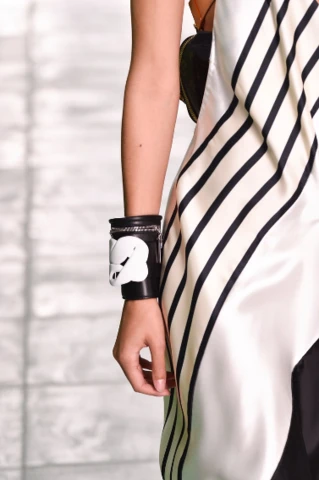 Louis Vuitton | Photo: Peter White (Getty Images)